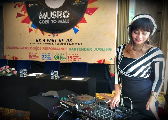 Musro Goes To Mall Sunan Hotel di SGM