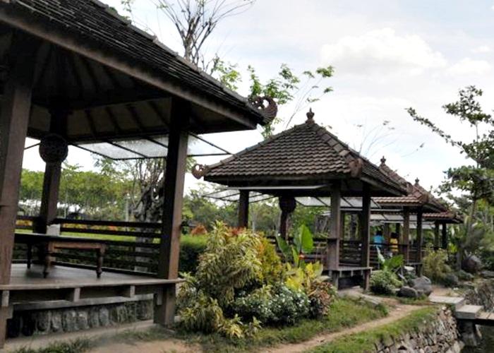 Nikmati Kuliner Khas Jawa di Joglo Dapur Solo Edupark UMS