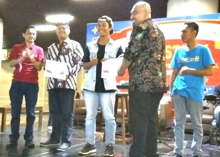 Mahasiswa Akuntansi UNIBA Raih Juara dalam Lomba Simulasi Pasar Modal