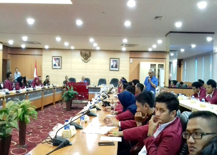 68 Mahasiswa Komunikasi Unisri KKI ke Jakarta
