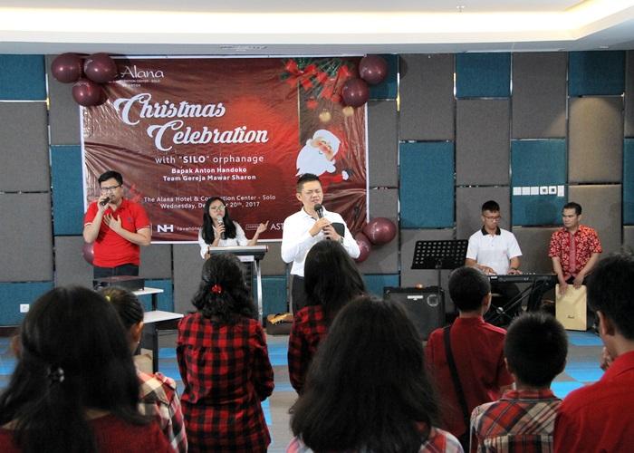 The Alana Solo Rayakan Natal Bersama Panti Asuhan Silo & Gereja Mawar Sharon