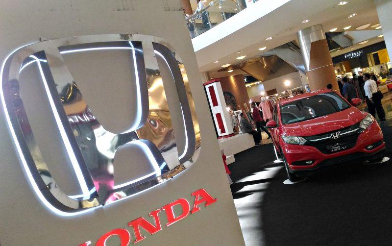 Penjualan Mobil Honda Berimbas Maraknya Taksi Online