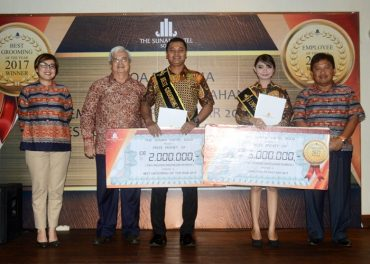 Ini Anugerah Karyawan Terbaik The Sunan Hotel Solo