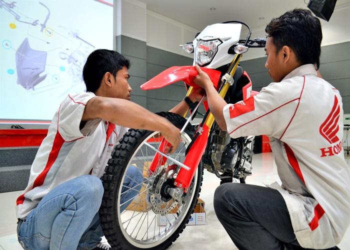 Mekanik AHASS di Jawa Tengah Dibekali Ilmu Baru