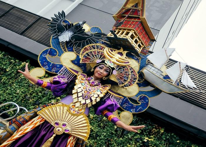 Ika Paramartha Tema Solo Batik Carnival XI 2018