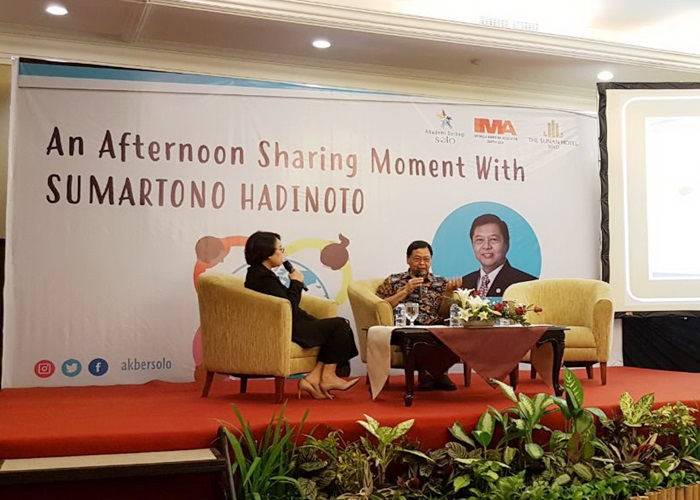 An Afternoon Sharing Moment With Sumartono Hadinoto