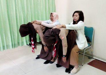 RS Orthopedi Prof Soeharso Pecahkan Rekor MURI Deteksi Scoliosis 1156 Siswa SMP