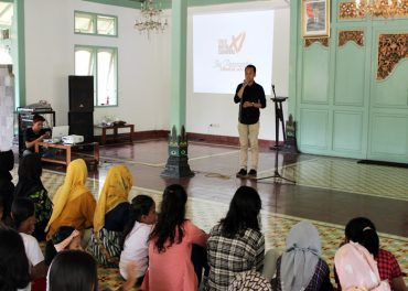 Dari Workshop Solo Batik Carnival XI