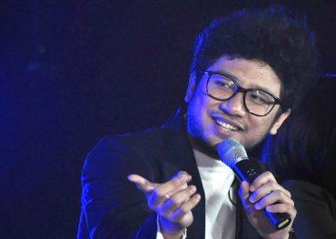 Dekorasi Konser Kunto Aji Angkat Ikon Solo