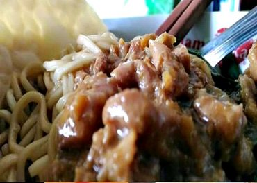 Yummmy….. Mie Ayam Cirebon Bakso Kadipolo Boyolali