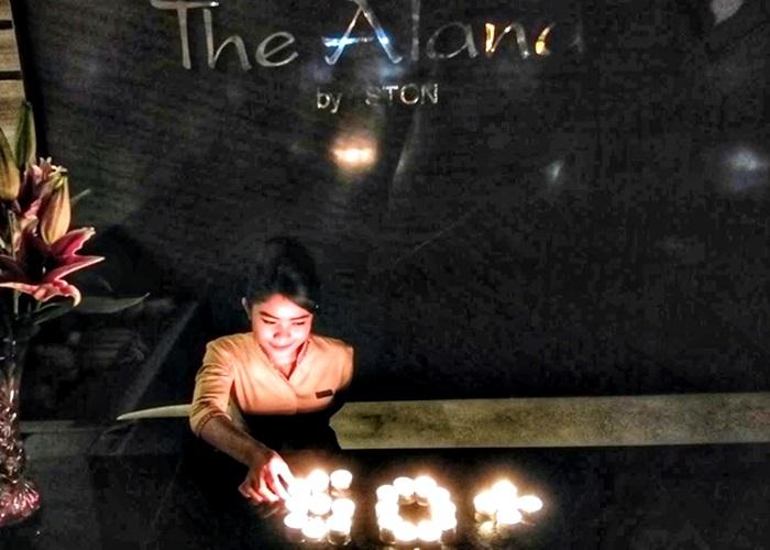 Peduli Bumi The Alana Hotel Solo Peringati Earth Hour