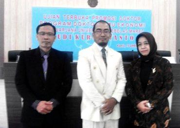 Hudi Kurniawanto Doktor Pertama Prodi Akuntansi Unisri