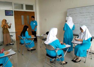 UNIBA Surakarta Prakerin Perbankan dan Customer Services