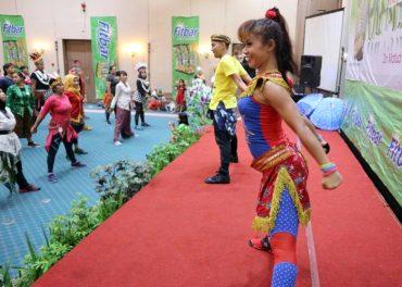 Sahid Jaya Solo Gelar Zumba Perty Kostum Daerah
