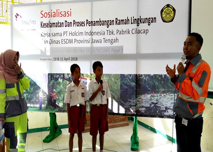 Holcim Indonesia : Sosialisasi Keselamatan Pertambangan ke Siswa SD