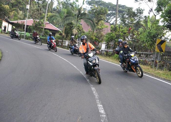 Bikers Supra GTR 150 Jelajahi Kota Solo