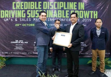 Fendhi Eko Susanto Leader of The Year Award 2019 Azana Hotels & Resorts