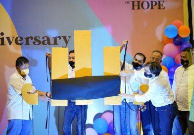 Ulang Tahun Ke-13 The Sunan Hotel Solo Luncurkan Giant Logo Tertutup Masker