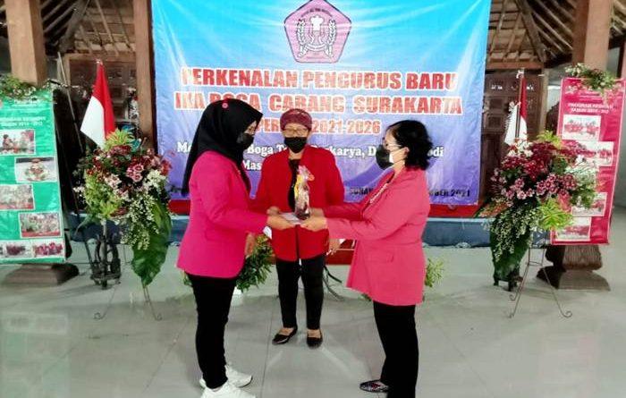 Tetra Kusumajati Dilantik Menjadi Ketua DPC Ika Boga Surakarta